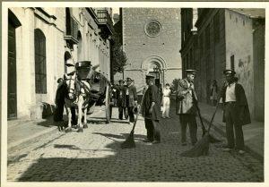 1934 Barrenderos en Gracia (Barcelona) . Historia de la Limpieza