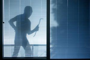 Los mejores consejos para evitar los robos durante las vacaciones - AVANT Servicios