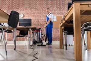 Importancia del mantenimiento y limpieza de empresas - AVANT Servicios