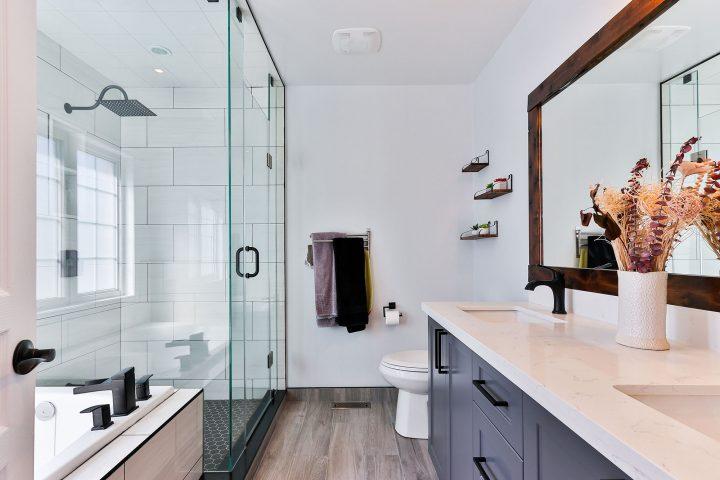Cómo limpiar nuestros cuartos de baño con productos de ...